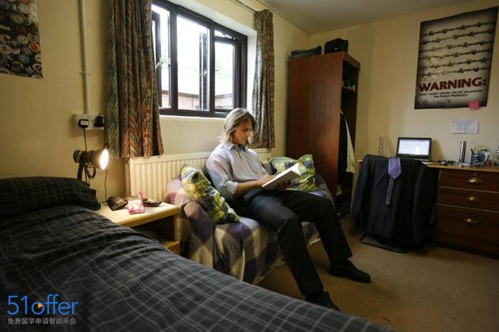 布莱顿大学_University of Brighton照片-中英网UKER.net