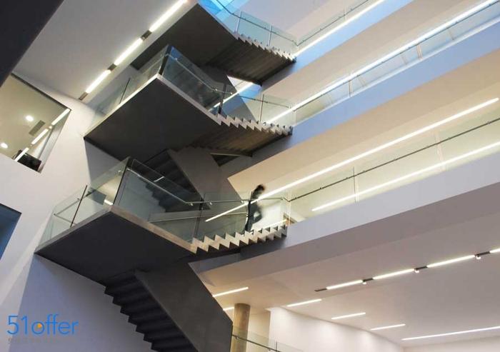利物浦约翰摩尔大学艺术学院_Liverpool John Moores University艺术学院照片-中英网UKER.net