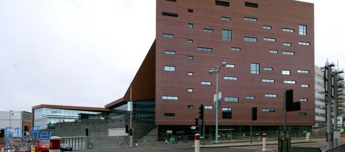 普利茅斯大学校园环境_Plymouth University校园环境照片-中英网UKER.net