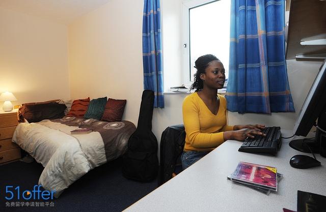 布鲁内尔大学_Brunel University London照片-中英网UKER.net