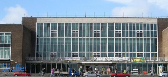 斯旺西大学_Swansea University照片-中英网UKER.net